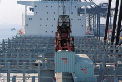 Naissance d'une alliance géante dans le transport maritime de conteneurs