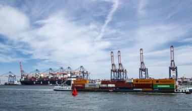 Les ventes de porte-conteneurs repartent à la hausse